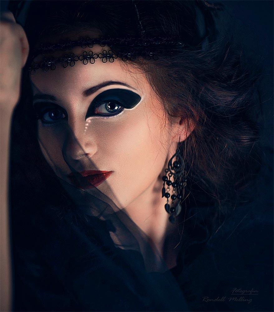 Deguisement maquillage noir