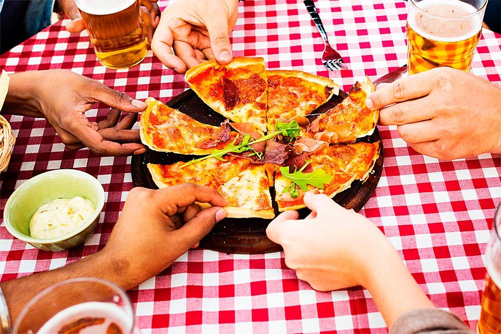 VaisselleJetable_Amis_Pizza